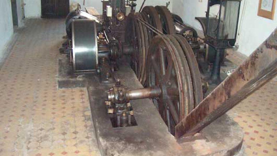 Těžní stroj Kooepe