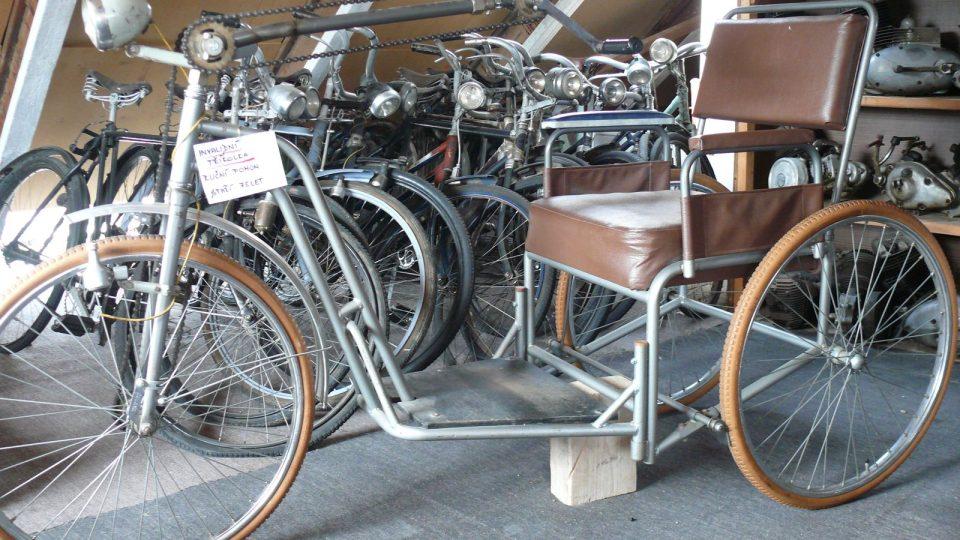 Invalidní tříkolka