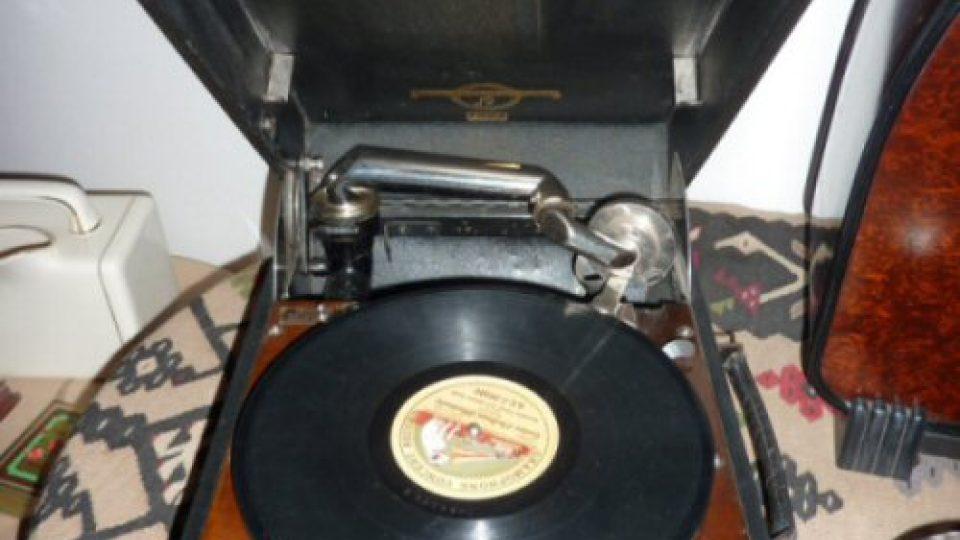 Gramofon na zámku Mníšek pod Brdy