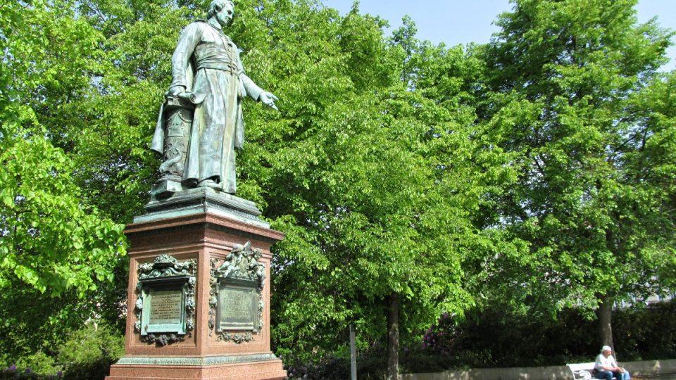 Mariánské Lázně - pomník opatu Reitenbergerovi