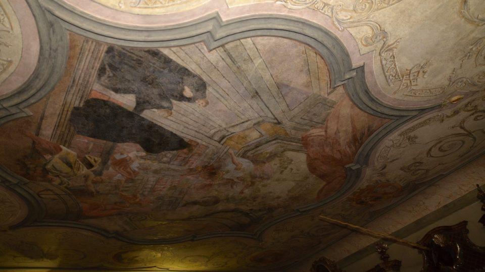Stropní malba v barokní lékárně