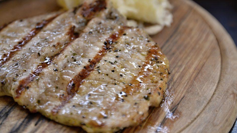 Grilované maso
