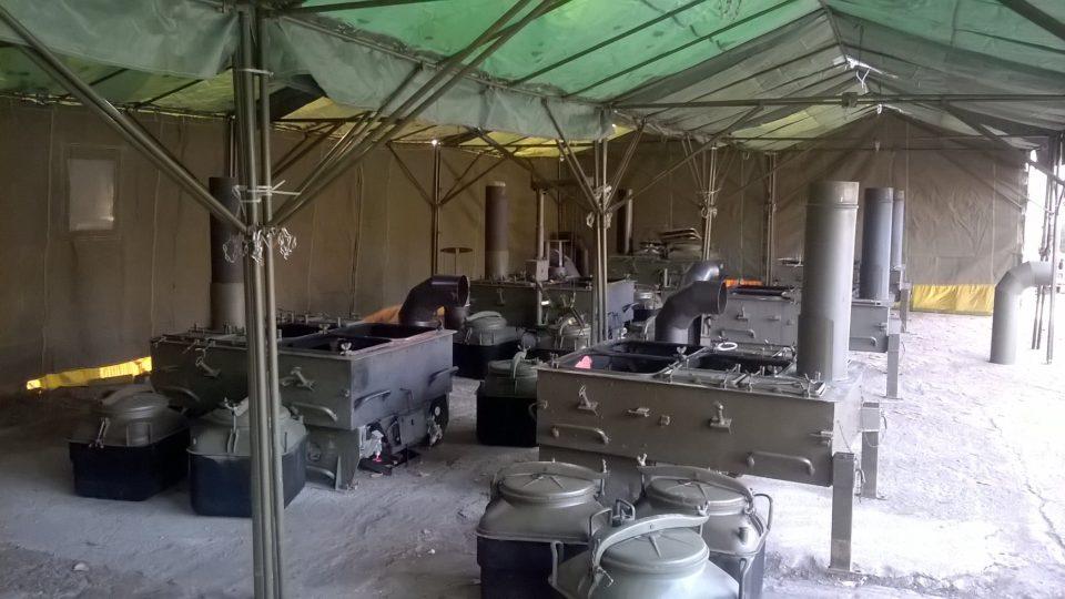 Polní kuchyně v terénu