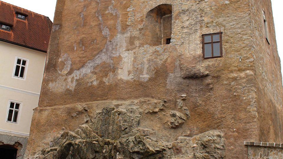 Místo nálezu relikviáře (kaple hradu a zámku Bečov nad Teplou) relikviáře sv. Maura