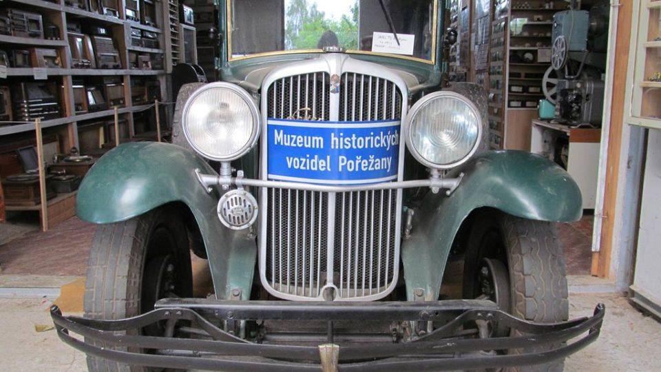 Muzeum historických vozidel v Pořežanech