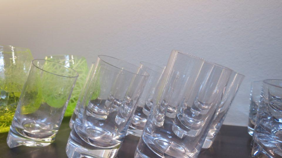 Rony Plesl navrhoval sklenice, které byly oficiálním darem ČR pro komisaře EU
