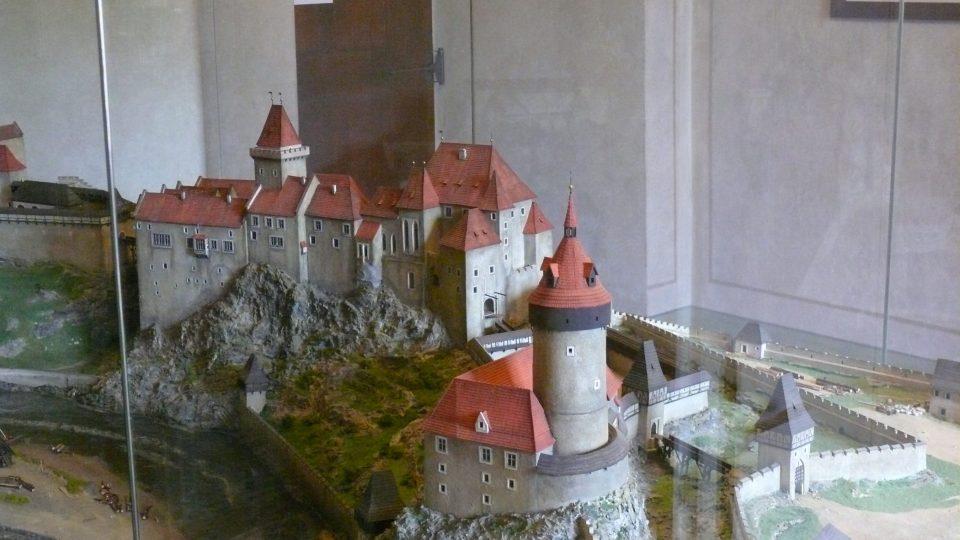 Středověká podoba věže na modelu v zámeckém muzeu