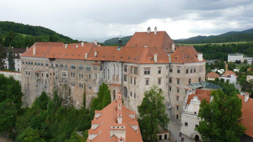 Výhled na krumlovský zámek