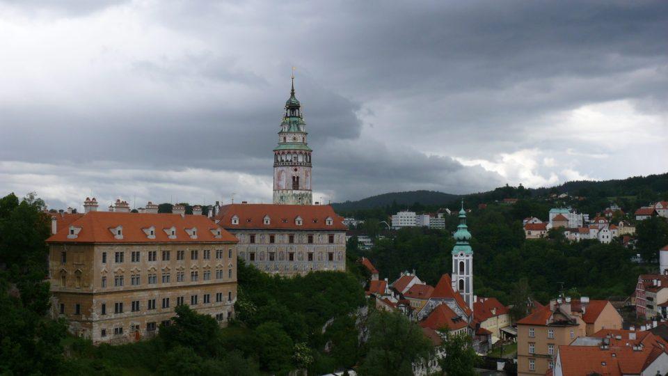 Zámecká věž je dominantou Krumlova