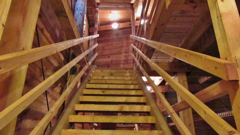 Nahoru pěkně po schodech
