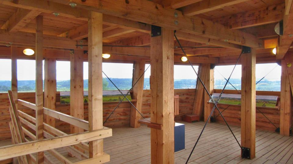 Také interiér je celý ze dřeva