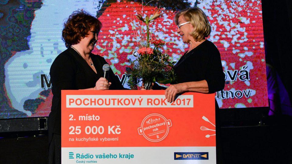Druhé místo získala Miloslava Pechalová za sladké bramborové řezy