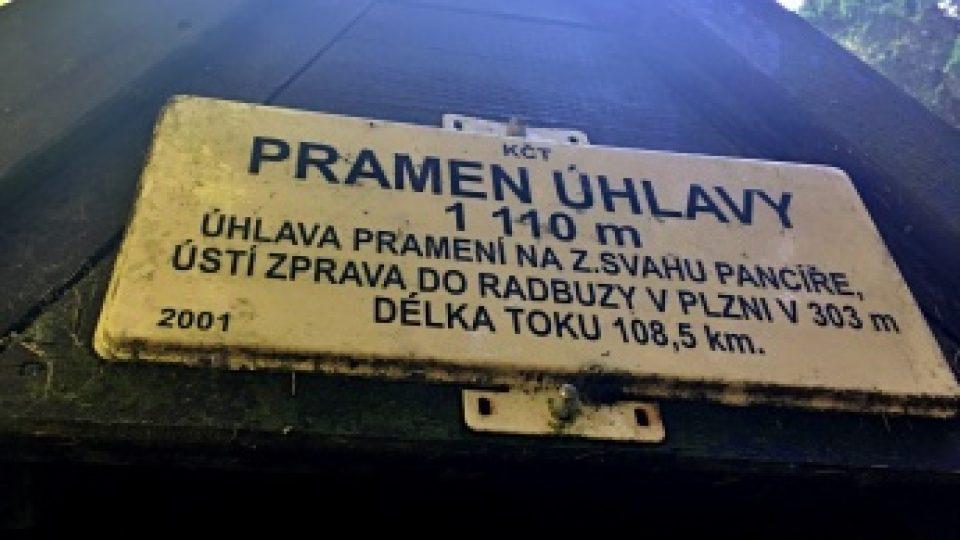 Pramen Úhlavy je ve výšce 1110 metrů nad mořem