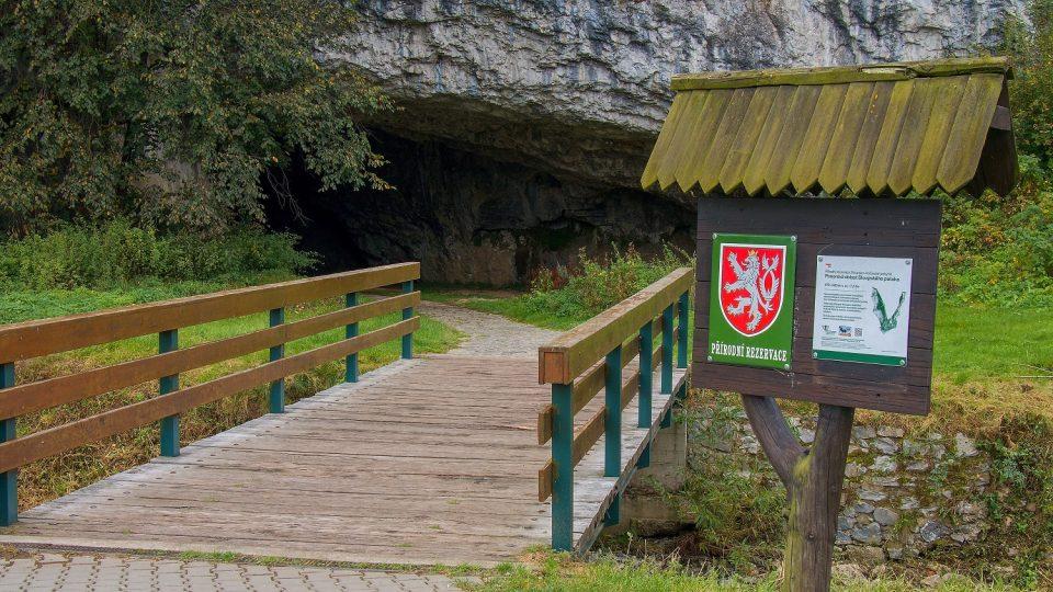 Jeskyně nabízejí několik prohlídkových okruhů
