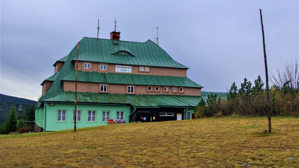 Masarykova chata na Šerlichu je oblíbeným cílem pěších i cyklistů