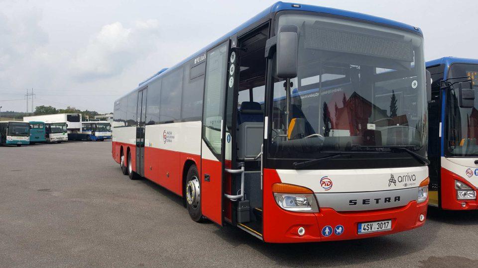 Velkokapacitní autobusy v Dobříši