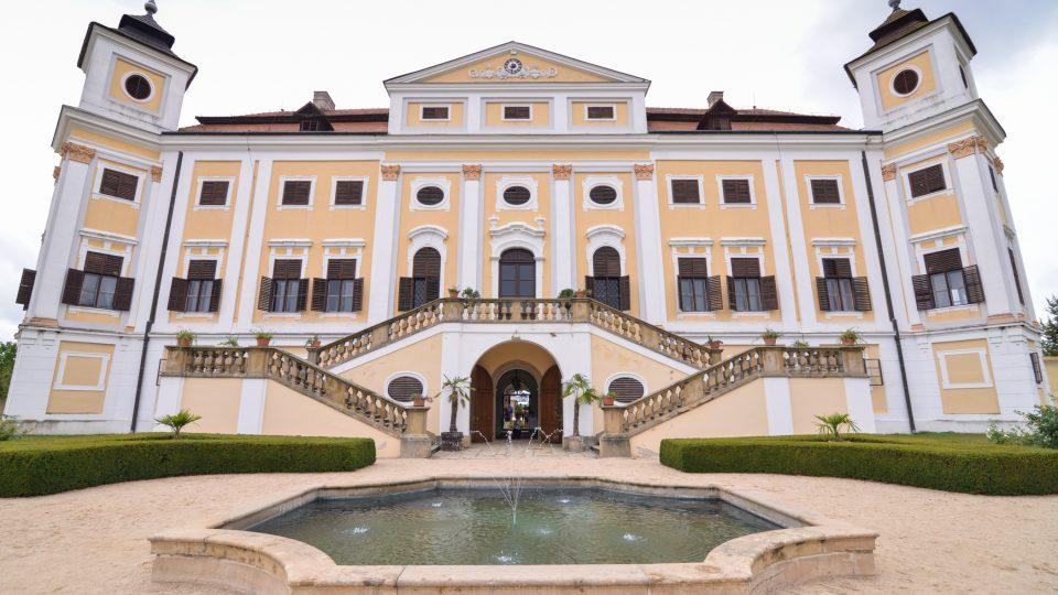 Hradozámecké léto na zámku v Miloticích