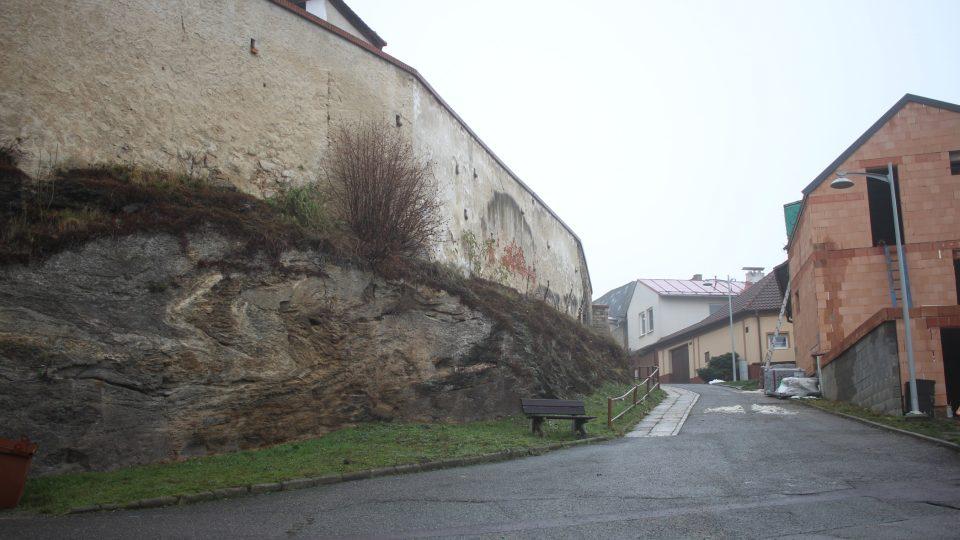 Pararulová vrása v Moravských Budějovicích