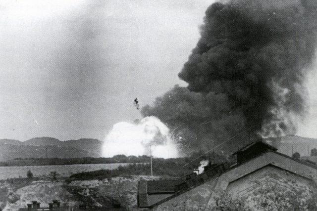 Historický snímek výbuchu.